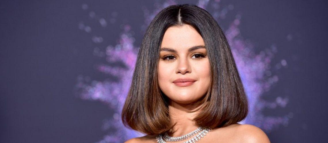 Selena_Gomez_AMA_20191.jpg